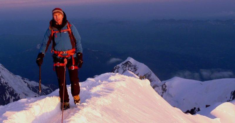 Climb Mont Blanc 4810m High Mountain Guides