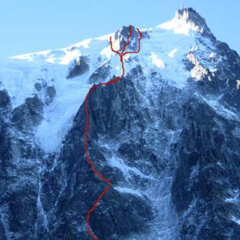 Frendo Spur (D+ / III 4 1200m) North Face Aiguille du Midi