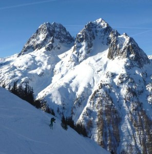 Skiing The Posettes Couloirs Above Vallorcine