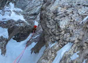 Superb icy limestone chimney pitch 4 of Rolling and scratching