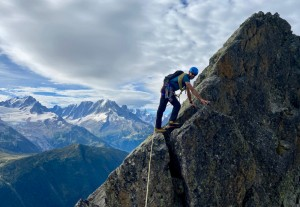 Nice steady climbing early on the Ridge